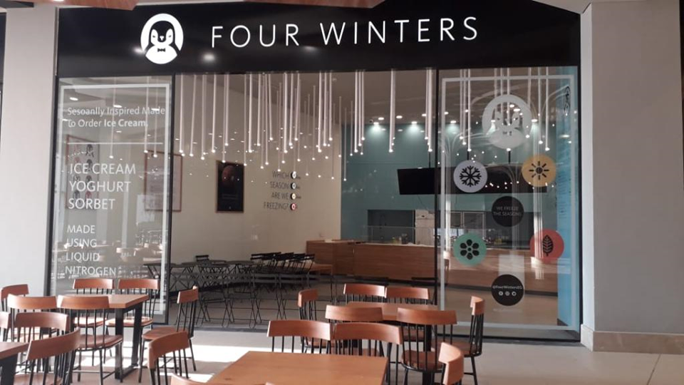 FOUR-WINTERS04