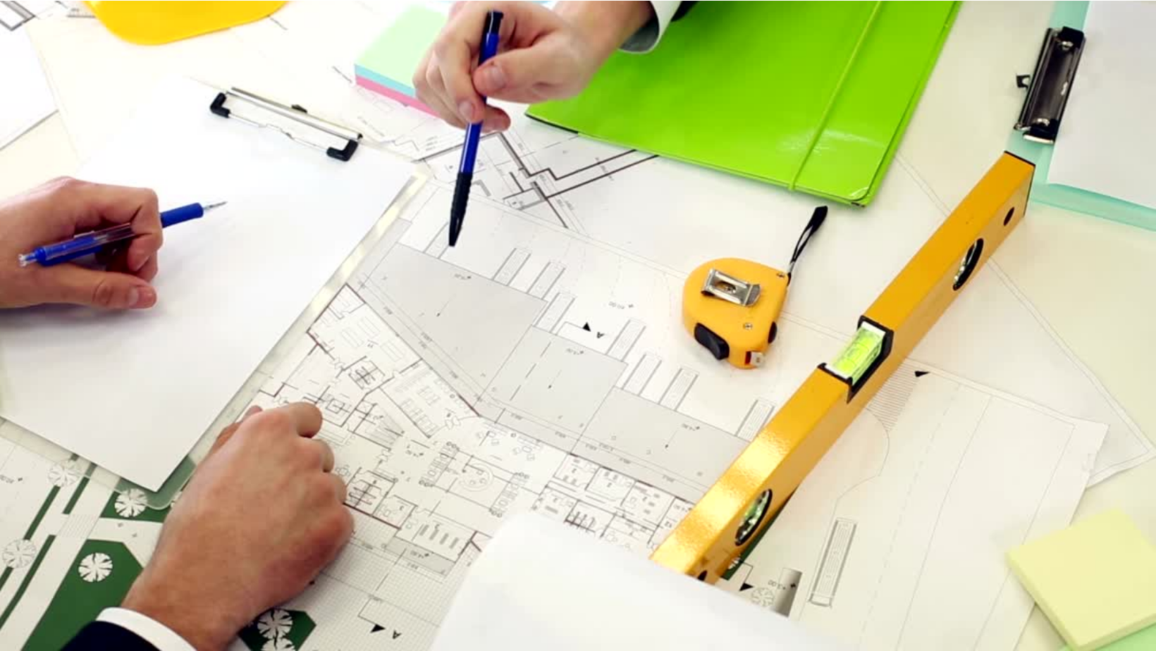 Contractor Construction and architect